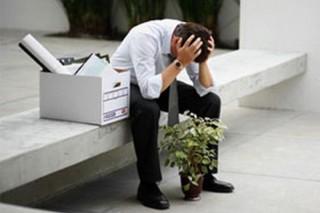 Длительная безработица приближает старость у мужчин