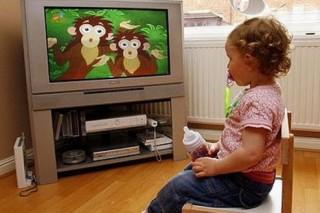 Телевизор влияет на умственные способности детей
