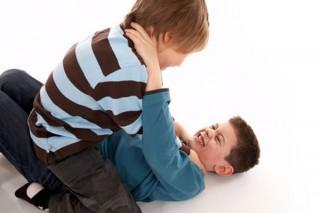 Неполные семьи приводят к детской агрессии