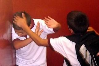 Случаи школьной травли ослабляют психику и физическое здоровье детей