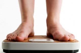 Ожирение тинейджеров связано с соленой пищей