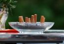 Электронные сигареты делают из подростков заядлых курильщиков