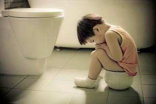 Инфекционная диарея у детей чаще всего бывает спровоцирована приемом антибиотиков