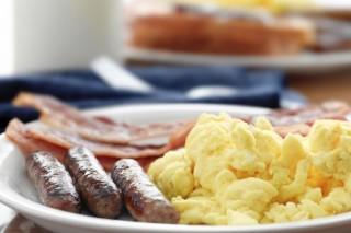 Ученые советуют женщинам есть на завтрак больше белков