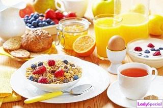 Ученые опровергли известное утверждение о том, что пропущенные завтраки препятсвуют похудению