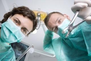 Пациенты, сохранившие сознание во время хирургического вмешательства, редко получают посттравматический стресс