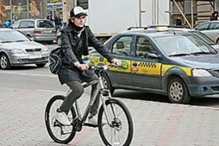 Поездки на велосипеде и прогулки пешком улучшают психологическое состояние
